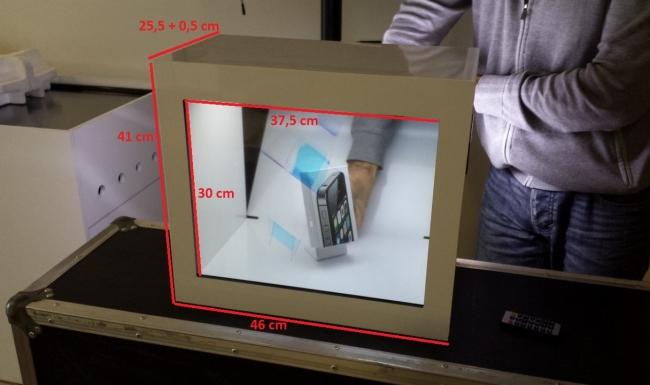 ShowCase_LCDtransparente-1